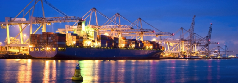 container-ship-port-night800x280.png